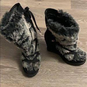 ALDO suede and faux-fur wedge boots, size 37 (6.5)